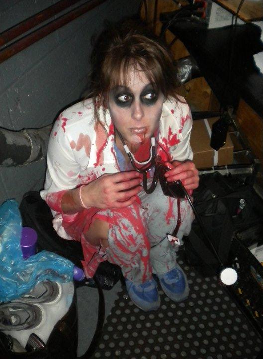 I Am Legend Zombies Huddled Huddled in a corner