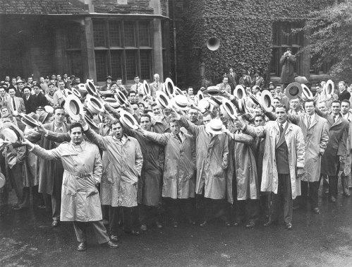 Class Hey Day crowds,1950