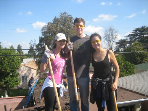 Happy Penn Serves LA volunteers at Habitat for Humanity Los Angeles