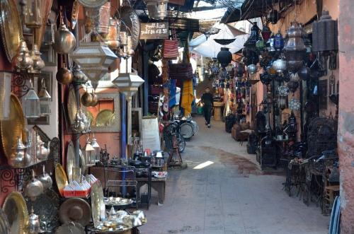 Moroccan shops. Photo by Penn alumnus Murray Sherman, GR'69.