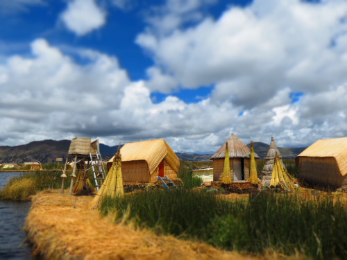2013 Grand Prize Winner Reed House-Uros Islands Photographer: Amy Converse