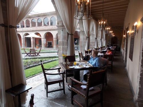 El Monasterio courtyard.