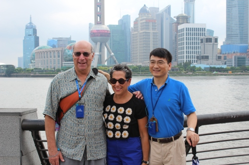 Chen with two Penn alumni (and proud Penn Parents!) in Shanghai: Daniel Behrend, WG'71 and Susan Behrend, Nu'80, GNu'86