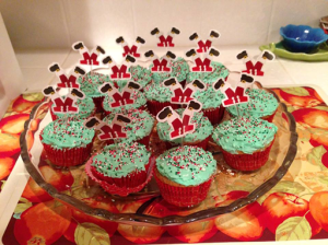 And some Christmas cupcakes for those who wanted something more American and traditional 