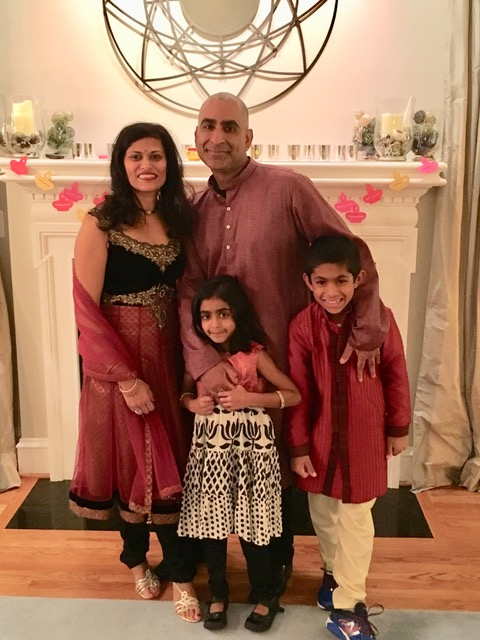 Minal Damani Kundra, W'93, and Monish Kundra, W'95, ENG '95 with their children